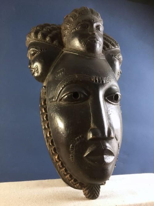 pa140 Baule Four Headed Mask-Ivory Coast Carved wood 34 x 19 x 16cm £420